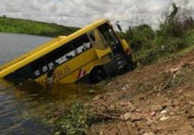 Tragédia com ônibus em Barro completa 14 anos; 42 morreram no acidente que chocou o Ceará